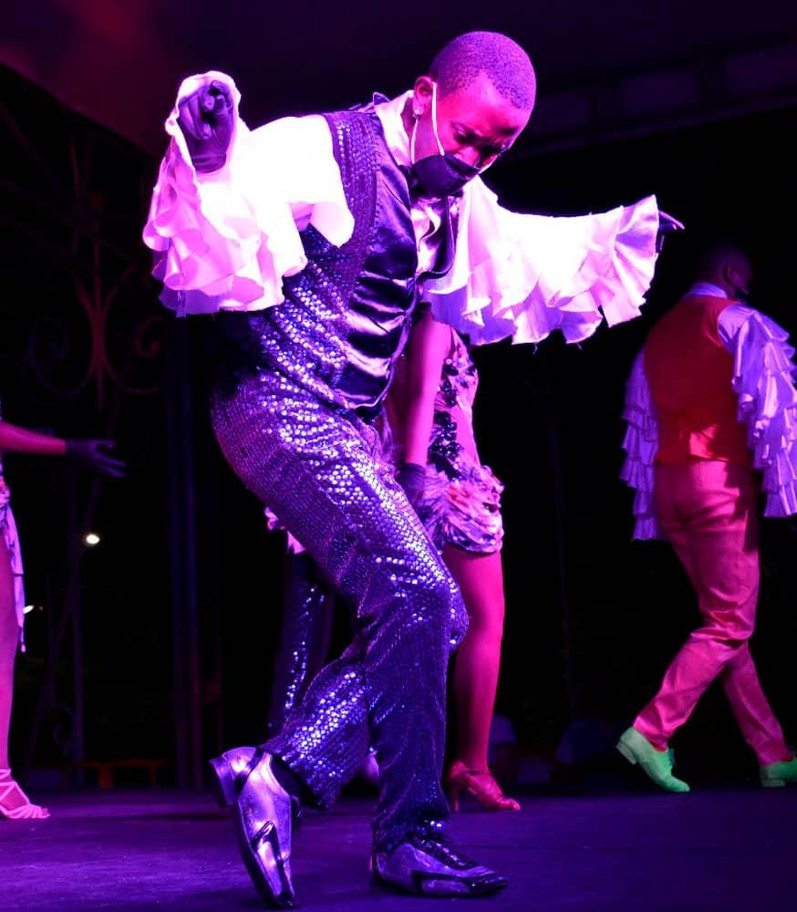 bailarin-bioseguridad